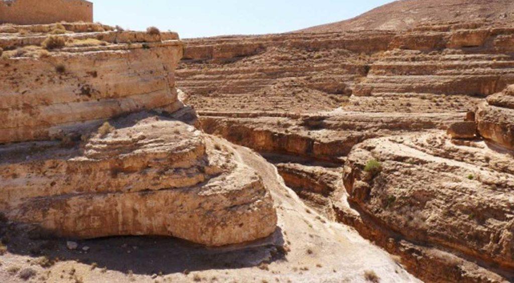 Un tour à Tozeur, en passant par Tamaqzah et Midès